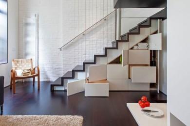 Лестница в квартиру