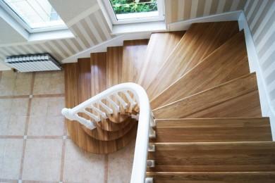 Лестницы с забежными ступенями